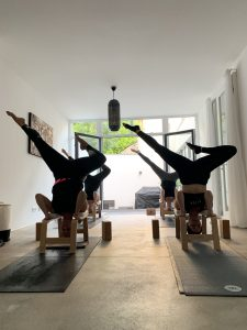 Yoga Gruppe Feet Up